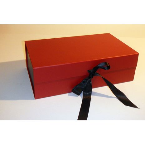 Black and Red hamper boxes