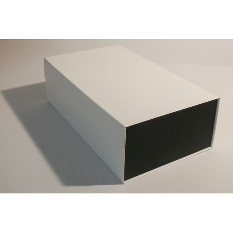 Black and White box with no ribbon